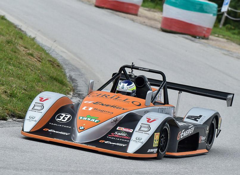 Debutto vincente per Ivan Pezzolla con la Osella PA21 JrB del Team Puglia a Sarnano!